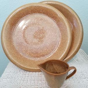 STUDIO NOVA Copper Suite Plates and Creamer